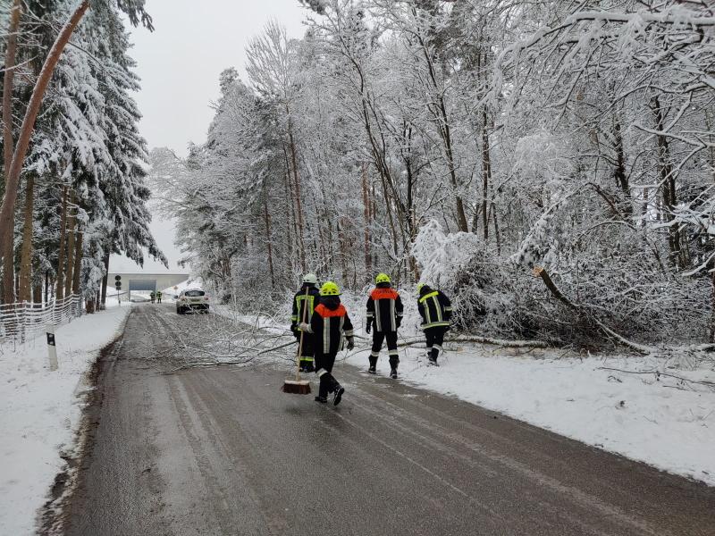 Starker Schneefall sorgt für Einsätze